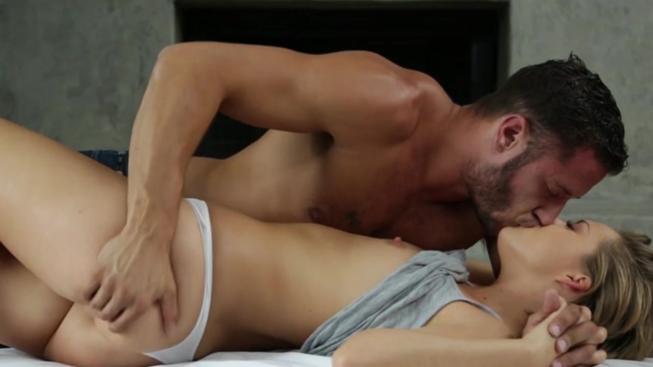 Teens Having Sex The Bed