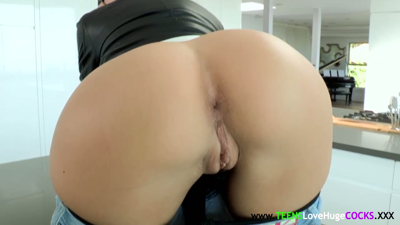 Jessa Rhodes facialized after riding bigcock