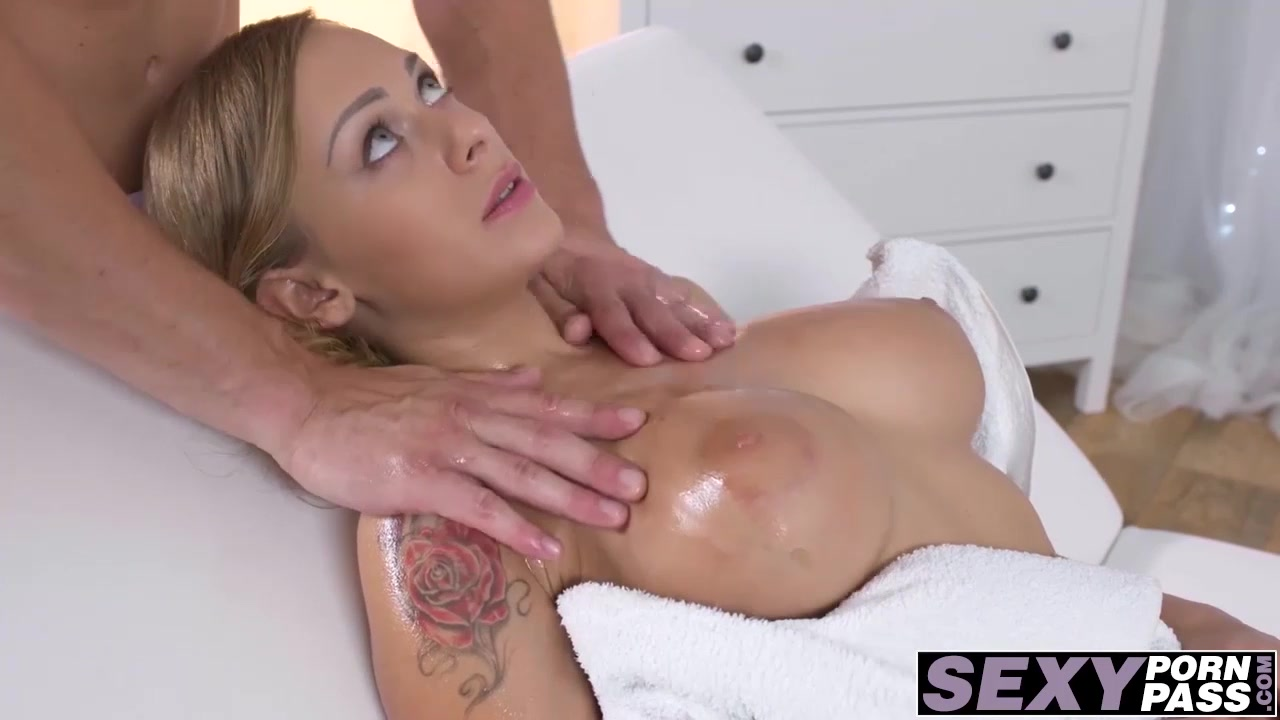 Hot Ass Blonde Katrina Massage And Fucked Missionary Style